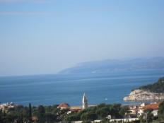 Makarska, građevinsko zemljište uz magistralu