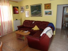 Makarska, apartmanska villa u blizini plaže